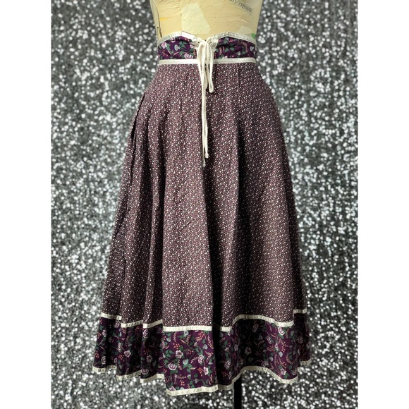 Vintage Dresses & Skirts - 🖤 Vintage 1970s Gunne Sax floral prairie skirt